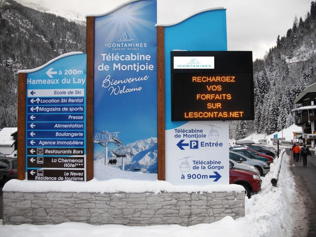 Lumiplan_montagne_panneau-information_Fenix-Premium-Contamines